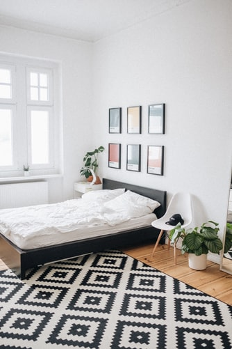 how to sleep better clear clutter