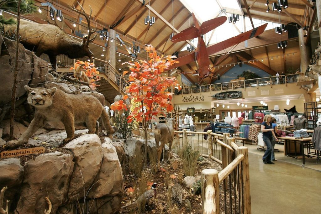 Bass Pro Shops dog friendly stores