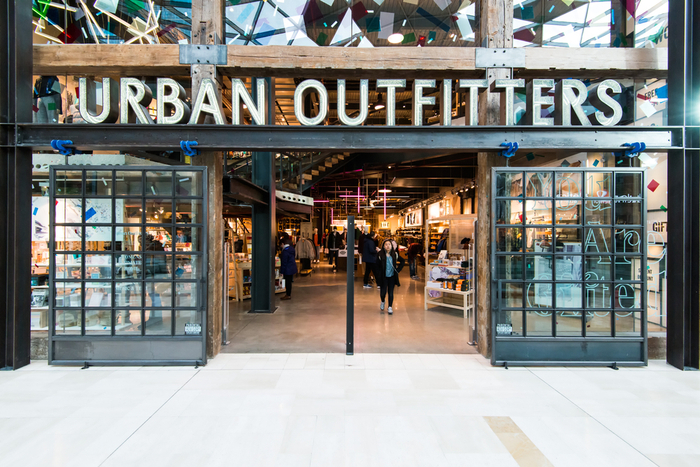 Urban OUtfitters dog friendly stores
